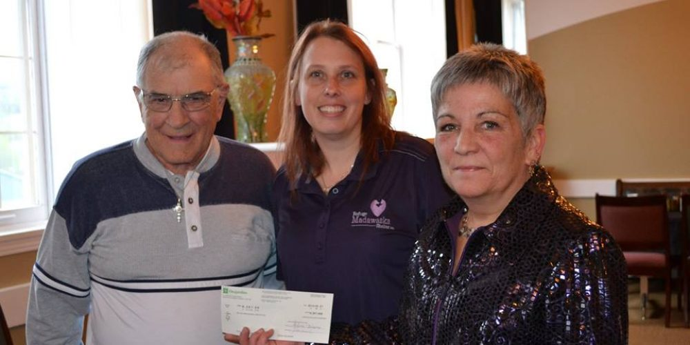 The Refuge Madawaska Shelter Inc receives an important cheque from the Madawaska SPCA
